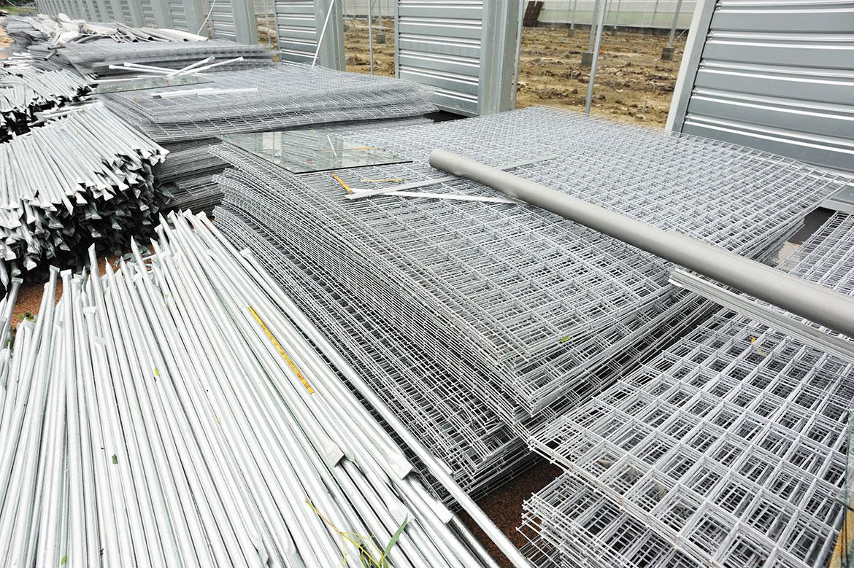 staal en ijzer vlechten voor bekisting in onderaanneming